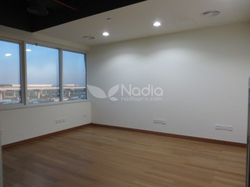 Fitted Office with Partitions in Sheikh Zayed Road