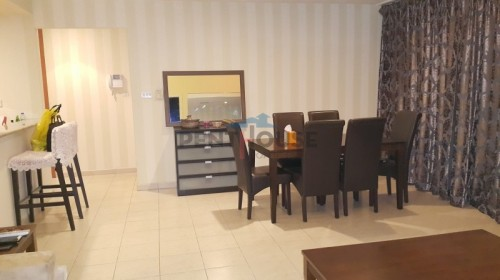 Well maintained Furnsihed 1 bedroom with study