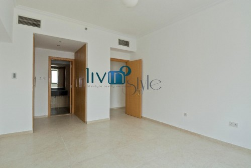 Spacious One Bedroom Apartment in Sapphire Residence for Sale