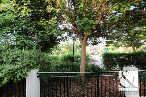 Backing Park | Private Plot | New to Market