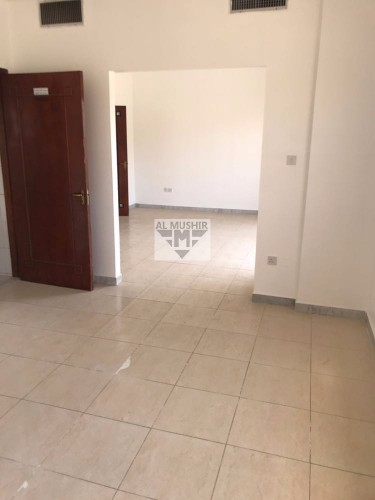 Spacious and Very 3BHK+MaidsRoom+Balcony in Manaseer for 80K