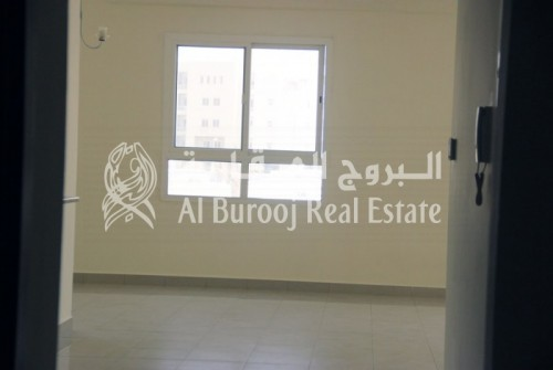 Vacant and Ready to Move in 2BR in Al Khail Gate-4 Cheques