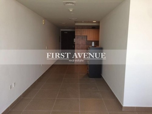 Studio Apartment with Burj and Canal View in Hamilton Residency