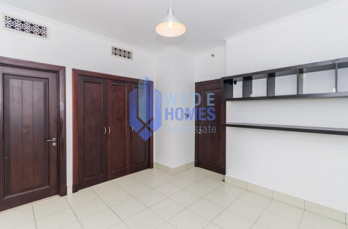 2 bedroom apartment in old town