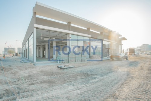 Multiple Retail Space available at Al Barsha South 3!!