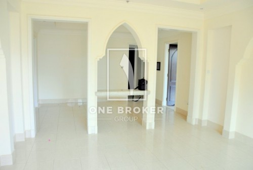 Spacious 1Bed The Address LakeHotel View