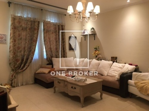 Upgraded! 3BR Legacy Large Jumeirah Park