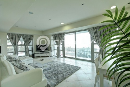 Luxuriously Furnished with Breathtaking Full Sea View